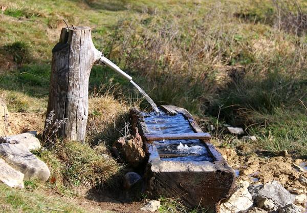 ein Bründerl sorgt für dafür dass der durst gelöscht wird, die Hütte hat ja schon geschlossen