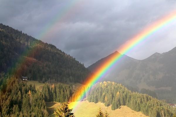 Regenbogen über Russbach - Dachstein West